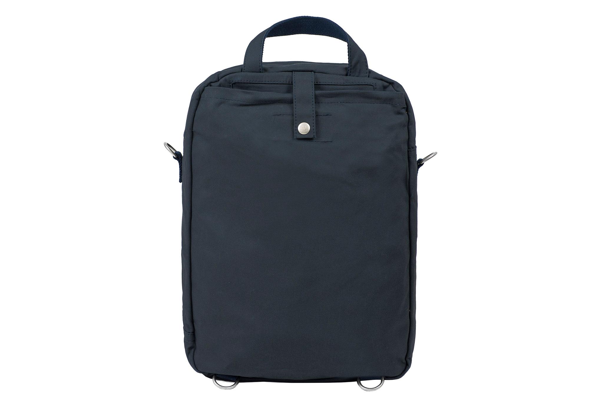 Carter-daypack-back