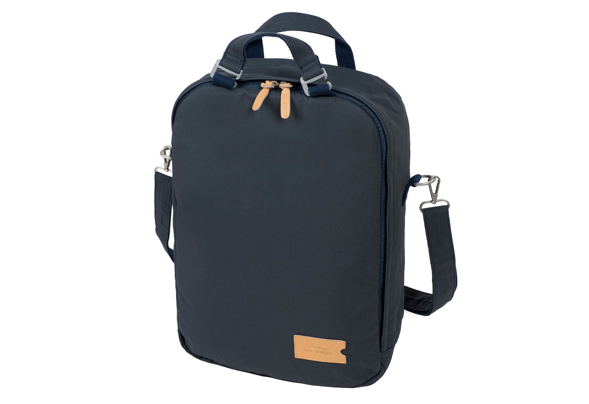 Carter-daypack-front-perspective