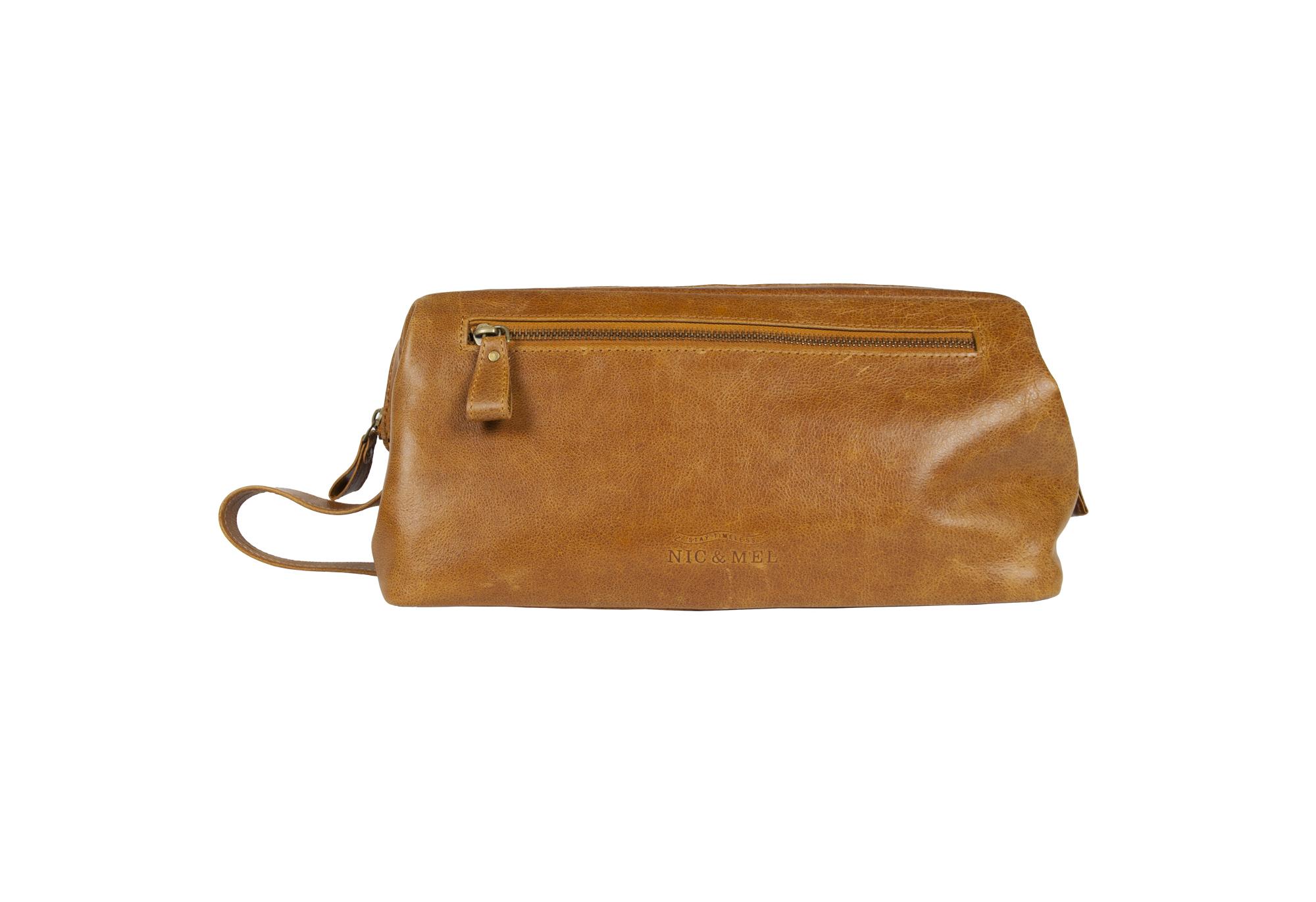 SEAN JUNIOR TOILETRY BAG <br>Cognac Leather